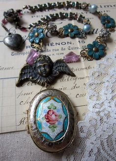 'sweet memories' necklace by The French Circus on Etsy