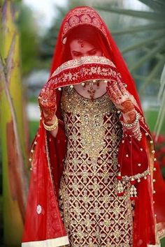 Beautiful Bridal in Red suite FB DP - Facebook Display Pictures