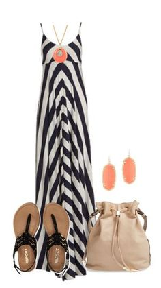 Chevron maxi dresses is the perfect option for summer outfits.