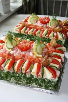 Sandwich Cake, Sandwiches For Lunch, Lunch Recipes, Appetizer Recipes, Italian Lunch, Grill Cheese Sandwich Recipes, Lunch Menu, Food Videos, Buffet