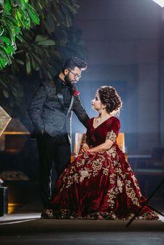 Indian Wedding Poses, Indian Wedding Couple Photography, Indian Bridal Photos, Wedding Couple Poses Photography, Bride Photography, Bengali Wedding, Tamil Wedding, Wedding Couple Pictures, Couple Wedding Dress