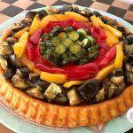 CROSTATA MORBIDA SALATA ALL'ORTOLANA Learn To Cook, Antipasto, Bon Appetit, Starters, Fruit Salad, Finger Foods, New Recipes, Acai Bowl, Pizza