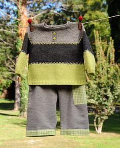 layette ensemble 3 mois anis/gris brassière tricotée main et pantalon cousu main