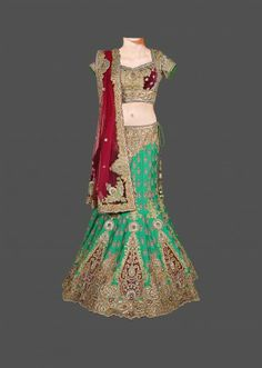 Featuring this beautiful Green Silk Bridal Lehenga in our wide range of Lehengas. Grab yourself one Now!