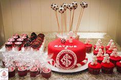 Sweet Cucas and Cupcakes by Rosângela Rolim: Bolo, Cupcakes e Pop Cakes do Inter