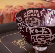 Kerttu Nurmisen uniikki lasimalja, a unique glass vase by Finnish designer Kerttu Nurminen. Glass Vase, Tableware, Unique, Design, Dinnerware, Tablewares, Dishes, Place Settings