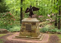 Been here, this is a beautiful place! Angel of Hope Statue - Lendonwood Gardens, Grove Oklahoma - In April a bronze statue of an angel was dedicated in memory of lost loved ones, especially children. Grove Oklahoma, Richard Paul Evans, Serenity Garden, Beautiful Places, Beautiful Pictures, Grand Lake, Angels Among Us, Angel Statues, Losing A Child