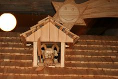 Vánoce a řemesla v Betlémské kapli Bird, Outdoor Decor, Home Decor, Homemade Home Decor, Birds, Decoration Home, Birdwatching, Interior Decorating