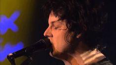 The Raconteurs - Blue Veins (Live at Montreux 2008) - DAMN I LOVE JACK WHITE.....