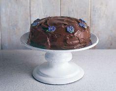 Το+τέλειο,+πανεύκολο+κέικ+σοκολάτας+της+Nigella+Lawson+(Video)