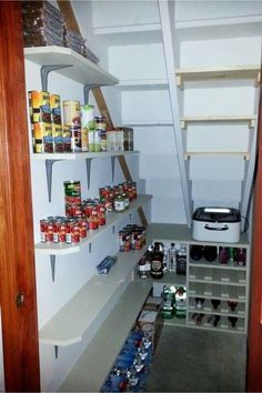 Under Stairs Storage Ideas - Storage Solutions Using Space Under Stairs Under stairs pantry storage ideas - kitchen storage under stairs - more storage spaces in kitchen Closet Under Stairs, Space Under Stairs, Storage Under Stairs, Under Stairs Pantry Ideas, Under Staircase Ideas, Under Basement Stairs, Under Stairs Cupboard Storage, Small Cupboard, Larder Cupboard