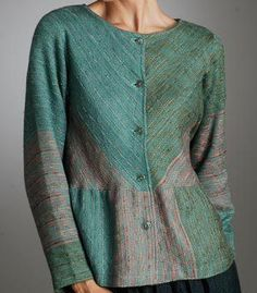 Tops - Hutchinson Handwoven This is a lovely website with many ideas for our handwoven cloth Loom Weaving, Hand Weaving, Weaving Patterns, Sewing Clothes, Clothing Patterns, Textiles, Fabric, How To Wear, Angles