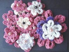GET YARN AND HOOKS HERE: http://hectanoogapatterns.blogspot.ca/p/yarn-and-hooks.html    Beginner crochet  flower tutorial