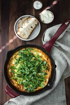 Eggs are perfect for any meal of the day and this onion frittata is the perfect breakfast, lunch, or light dinner. Made with softened onions and goat cheese then topped with a lightly dressed arugula salad. This frittata serves about 4 people and is ready in 45 minutes.