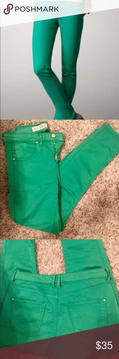 """✳️✳️TOPSHOP Moto Leigh Jeans in kelly green✳️✳️ TOPSHOP Moto Leigh jeans. LOVE this color, for summer or winter. A fun take on the classic blue jean. Ankle-grazing mid-rise jeans are bathed in an inky green wash and cut in a skinny silhouette with an ultrasoft finish. * 29"""" inseam; 9"""" leg opening; 10"""" front rise; 14"""" back rise (size 30x32). * Zip fly with button closure. * Five-pocket style. * 68% cotton, 28% polyester, 4% elastane. * Machine wash, dry flat. * By Topshop; imported. Topshop…"""