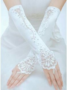 Satin Ladies' Gloves Opera Length Bridal Gloves Fingerless Rhinestone Lace Fall Summer Spring Winter One size fits most Washable Please note that measurements may vary by size Gloves Wedding Gloves, Lace Gloves, Bride Accessories, Wedding Party Dresses, Special Occasion Dresses, Bridal Gowns, Marie, Ideias Fashion, Fashion Dresses