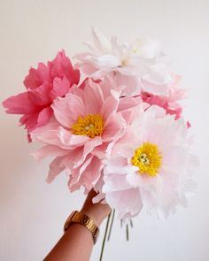 Crepe paper peony arrangement by Papetal, suitable for weddings.
