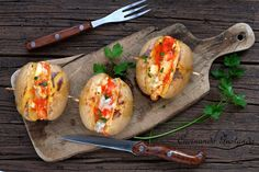 Patate+ripiene+di+formaggio+al+forno