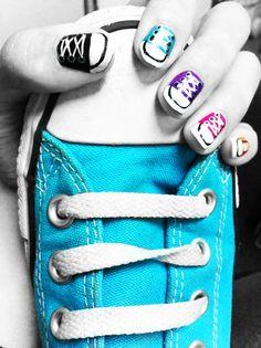 Converse nail art. 8