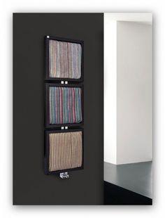 Radiador toallero de diseño Tris de Deltacalor
