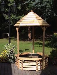 Wishing Well Fountain | wooden