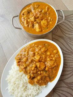 One Pot Chicken Chickpea Curry Chicken And Chickpea Curry, Chicken Breast Curry, Coconut Curry Chicken, Boneless Chicken Breast, Best Chicken Curry Recipe, Indian Food Recipes, Asian Recipes, Indian Chicken Recipes, Comida India