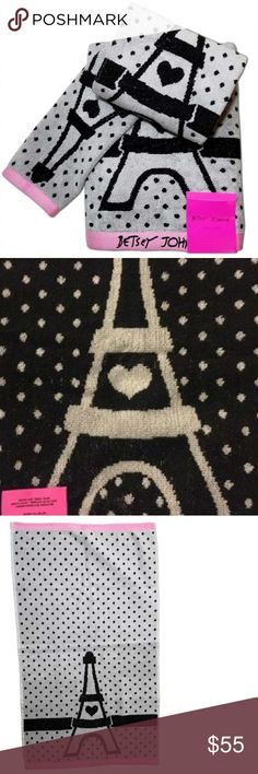 🌹NWT-BETSEY JOHNSON PARIS LOVE TOWEL SET! 🌹NWT-BETSEY JOHNSON PARIS LOVE TOWEL SET!  1 LARGE BATH TOWEL AND 2 HAND TOWEL THESE EXTRA SOFT TOWELS GO PERFECT IN ANY BATHROOM THE LARGE SIZE TOWEL PERFECT TO WRAP THE ENTIRE BODY. THEY ARE 100% COTTON AND MACHINE WASHABLE.  SET OF 3 TOWELS IN TOTAL: 1- LARGE TOWEL 2 & HAND TOWELS.  🌹NWT- BRAND NEW WITH TAGS 🌹100% AUTHENTIC 🌹SAME DAY SHIPPING 🌹OFFERS ACCEPTED THROUGH THE OFFER BUTTON  🚫PLEASE FOLLOW CLOSET RULES AND BE RESPECTFUL THIS IS A…