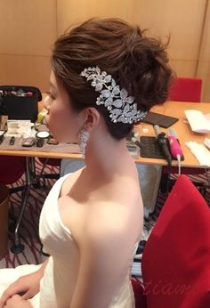 美人花嫁さまのマーメイドドレスに合わせる2Style♡ |大人可愛いブライダルヘアメイク『tiamo』の結婚カタログ