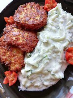 Pulyka tócsni Hungarian Recipes, Hungarian Food, Kaja, Diy Food, Tandoori Chicken, Bacon, Healthy Recipes, Food And Drink, Ethnic Recipes