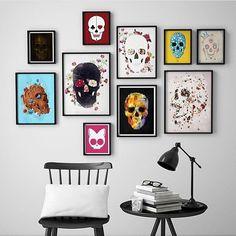 E composição com quadros de caveira, quem gosta?? O AH! se amarrou nessa composição!!  #ahlaemcasa #quadros #caveira