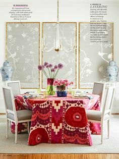 All-white walls may be a blank canvas but in the hands of texture-loving pattern-playing antiques-collecting Paloma Contreras theyÕre anything but boring. All-white walls may Feng Shui, De Gournay Wallpaper, Paintable Wallpaper, Wallpaper Panels, Geometric Wallpaper, Wallpaper Ideas, Magazine Deco, Dining Room Art, Dining Table