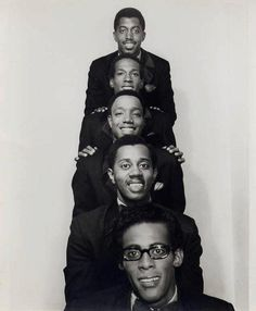 The Temptations (front to back): David Ruffin Melvin Franklin Paul Williams Eddie Kendricks and Otis Williams.(The most talented group ever. They had the voices and the moves. Music Icon, Soul Music, My Music, Music Radio, First Ladies, Psychedelic Rock, Jazz, Motown Records, Hip Hop