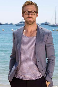 Cool Men's Looks Wearing Glasses  (35)