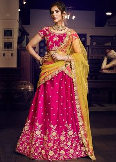 Buy Bridal Lehengas online for Marriage at TrendyBIBA Shopping. Buy Indian wedding lehenga choli from varieties of designs and collections for women on the best occasions at discount prices. Simple Lehenga Choli, Pink Lehenga, Ghagra Choli, Bridal Lehenga Choli, Silk Dupatta, Bridal Lehenga Online, Lehenga Choli Online, Indian Lengha, Indian Blouse
