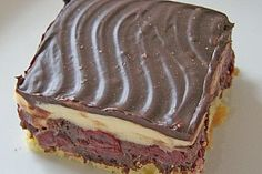 Donauwelle Konditorenart - List of the best food recipes French Dessert Recipes, Italian Cookie Recipes, Italian Desserts, Pastry Recipes, French Recipes, Dessert Simple, Italian Pastries, French Pastries, Desserts Keto