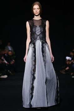 Alberta Ferretti Ready To Wear Fall Winter 2014 Milan - NOWFASHION