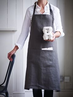 Linen Grocers Apron NEW - Kitchen & Dining #coxandcoxkitchen
