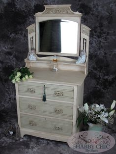 Beautiful antique Dressing Table (Over 100 years old!) Using Annie Sloan's Cream & Versailles chalk paint, then some aging wax, has transformed this piece completely!