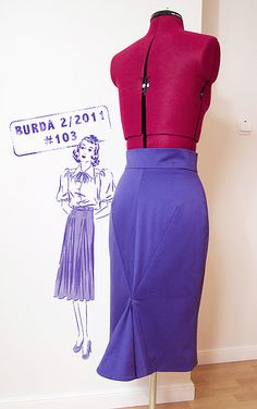 Burda 2/2011 #103, as shown on www.marchewkowa.pl   LOVE the back seams.