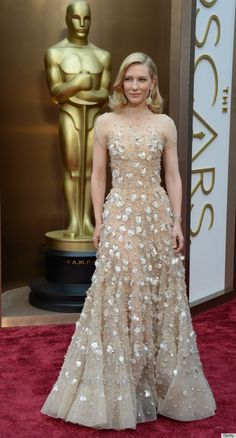 Cate Blanchett, 2014 Oscars. Armani gown, Chopard jewels. She is everything!