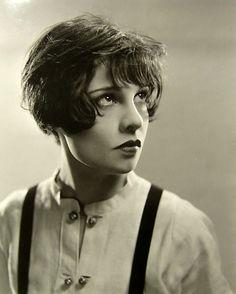Anita Loos, 1928. She's the author of Gentlemen Prefer Blondes  via chaboneobaiarroyoallende