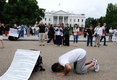 A Muslim prays to Mecca in front of the White House as U.S. President Barack Obama meets with Israeli Prime Minister Benjamin Netanyahu discuss their differences in the Oval Office of the White House on May 20, 2011 in Washington, DC.     UPI/Pat Benic