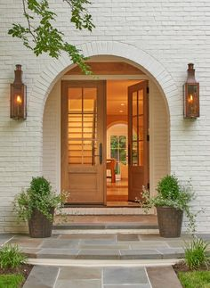 Exterior detail of arched entry American Architectural Details TraditionalNeoclassical Portico Entryway Architectural Detail by Thomson & Cooke Architects Brick Archway, Arch Doorway, Entrance, Beautiful Front Doors, Wood Front Doors, Arched Front Door, Door Entryway, Entry Doors, Front Door Design