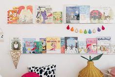 DE LUNARES Y NARANJAS: Miércoles de arquitectura: una habitación de niños con lunares de colores!