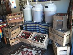 Brew Beer Crates From Pallets! Home Brew Beer Crates from pallets!Home Brew Beer Crates from pallets! Old Pallets, Recycled Pallets, Homemade Alcohol, Beer Brewing Kits, Home Brewing Equipment, Pallet Crafts, Wood Crafts, Pallet Projects, Wine Brands