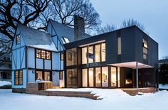 A bold, contemporary addition to a home in Rye, New York, links past and present.⠀⠀⠀⠀⠀⠀⠀⠀⠀ Photo by 1920s House, Tudor House, Duplex Design, House Design, Second Floor Addition, Tudor Style Homes, Contemporary House Plans, New England Homes, Modern Farmhouse Exterior