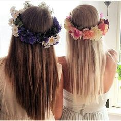 Beautiful flower crowns! This is inspiration for me to make my own :)