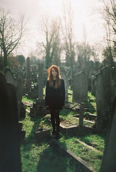 Every Day Is A Runway: graveyard fashion http://sweetsnobarts.blogspot.co.uk/2011/05/graveyard-fashion.html