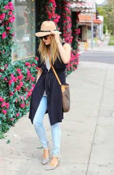 How should you wear vests this summer? Here are the tips to wear pretty vests - DesignerzCentral