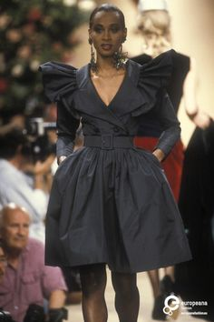 Yves Saint Laurent, Autumn-Winter 1991, Couture | Yves Saint Laurent (designer) - Europeana